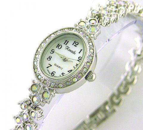 Женские часы со стразами Сваровски - копии часовВ интернет-магазине SwissTimeClub вы можете купить женские золотые